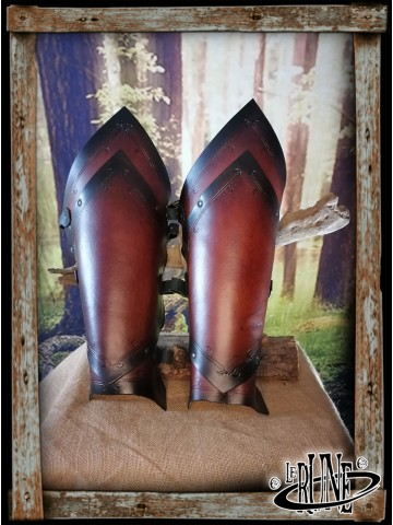 Leather greaves Senua Klarel