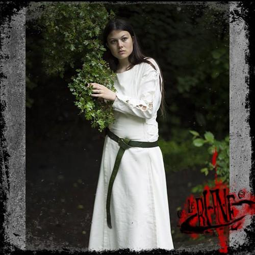 Priestess dress white