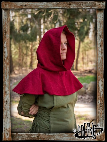 Adventurer Hood - Dark Red