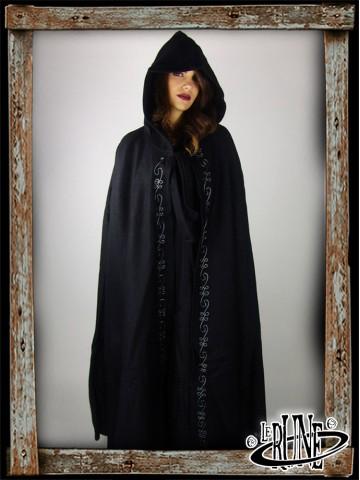 Wool cape Alma