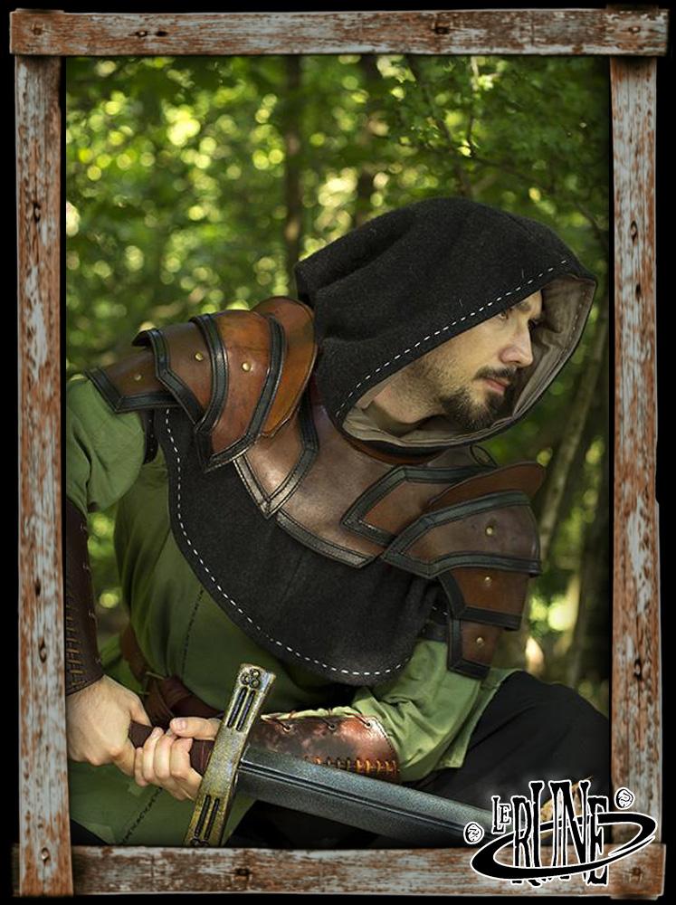 Shoulder Armour & Neck Guard (Brown/Black)