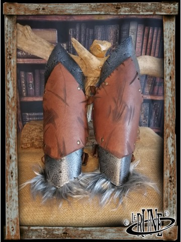 Leather greaves Eretria
