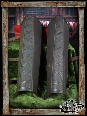 Leather greaves Enoel