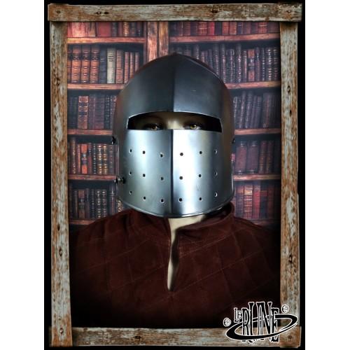 Lyonell Full Helm