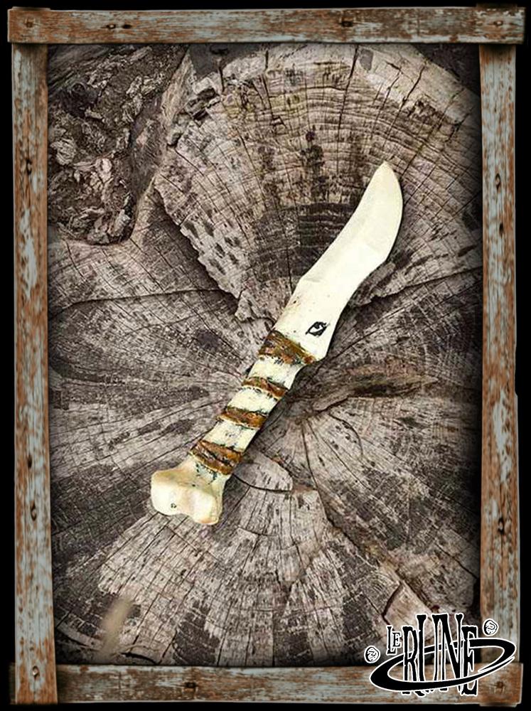 Coreless dagger Bone