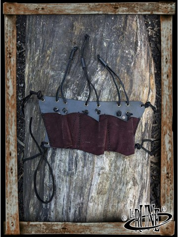 Throwing knives holder Brown