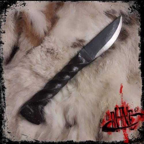 Twisted knife (20cm)