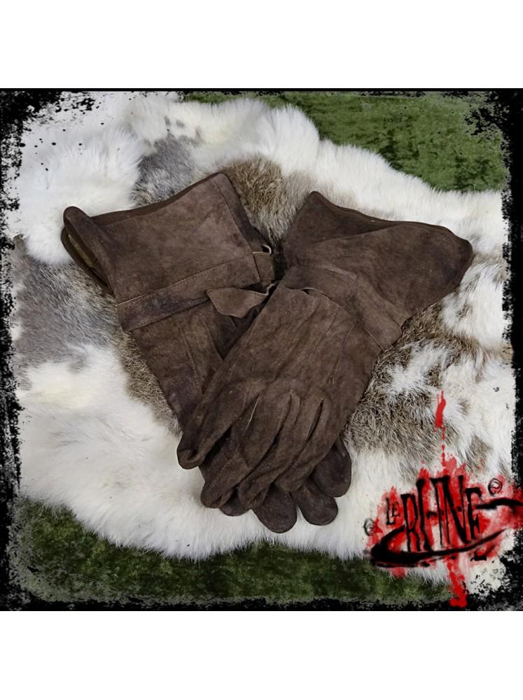 Gloves in suede Gareth brown